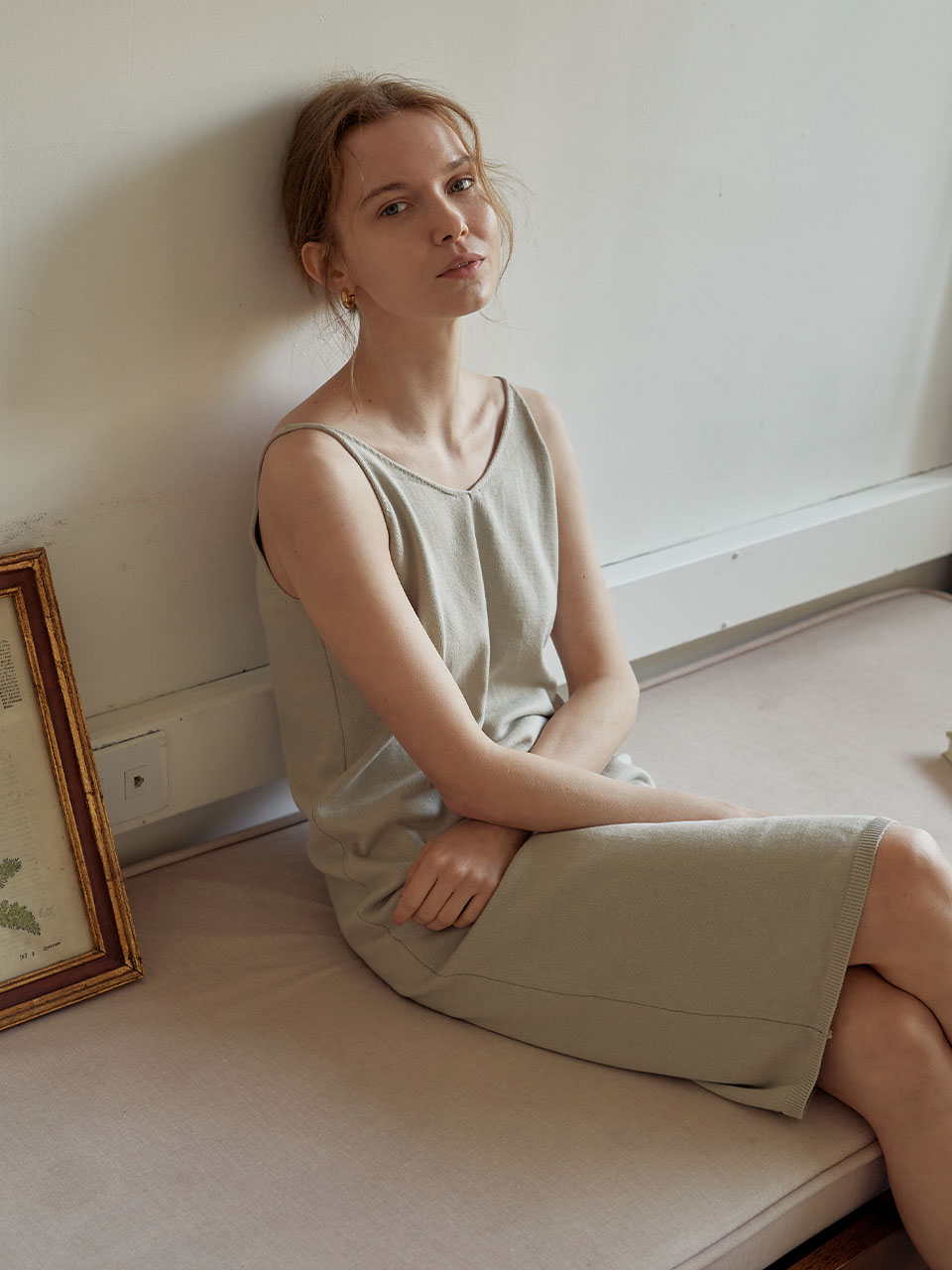 Composed Sleeveless Dress_Light Grey